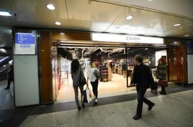 Le Casino Shop de la gare de La Défense a débuté son activité