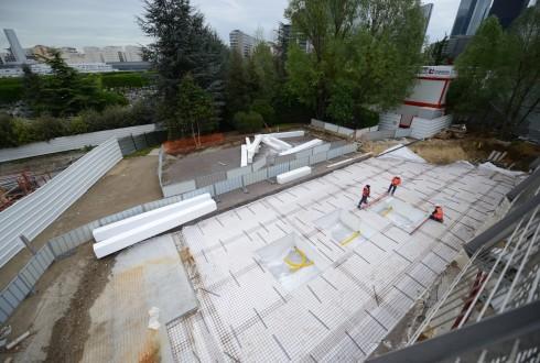 Les travaux d'aménagement des Jardins de l'Arche, le 4 mai 2015 - Defense-92.fr