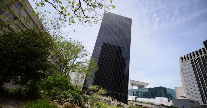AEW Europe commercialise 2 400 m² dans la Tour W