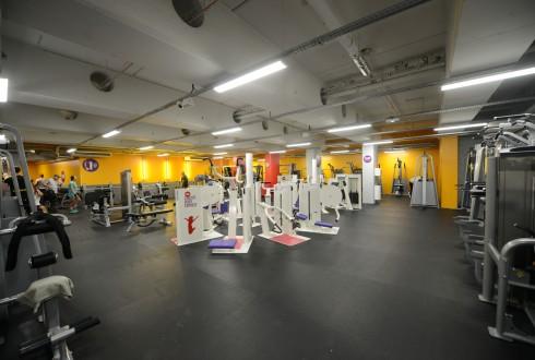 Le plateau de musculation de la salle de sport Neoness - Defense-92.fr