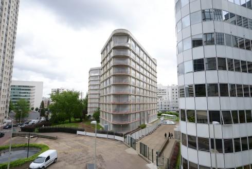 La rénovation de l'immeuble E+ le 1er juin 2015 - Defense-92.fr