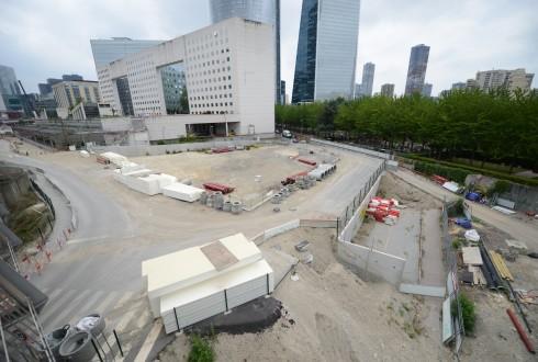 Le terrain de l'hôtel CityzenM le 15 juin 2015 - Defense-92.fr