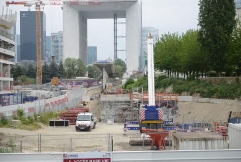 Les travaux d'aménagement des Jardins de l'Arche, le 15 juin 2015 - Defense-92.fr