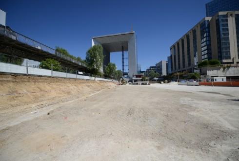 Les travaux d'aménagement des Jardins de l'Arche, le 8 juin 2015 - Defense-92.fr