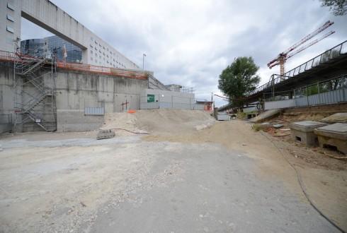 Les travaux d'aménagement des Jardins de l'Arche, le 13 juillet 2015 - Defense-92.fr