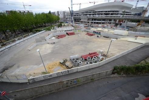 Le terrain de l'hôtel CityzenM le 13 juillet 2015 - Defense-92.fr