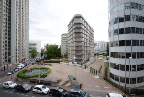 La rénovation de l'immeuble E+ le 13 juillet 2015 - Defense-92.fr