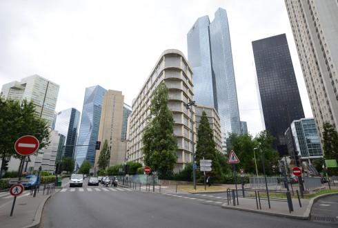 La rénovation de l'immeuble E+ le 20 juillet 2015 - Defense-92.fr