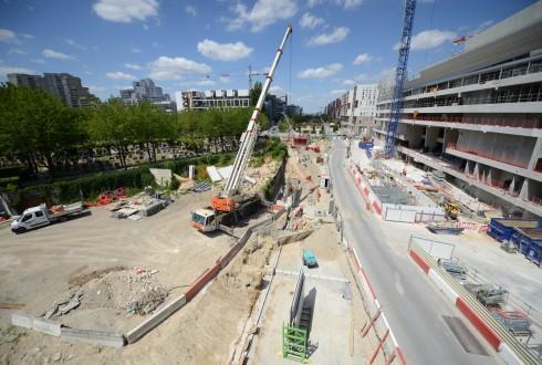 Les travaux d'aménagement des Jardins de l'Arche, le 6 juillet 2015 - Defense-92.fr