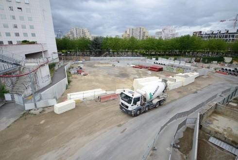 Le terrain de l'hôtel CityzenM le 20 juillet 2015 - Defense-92.fr