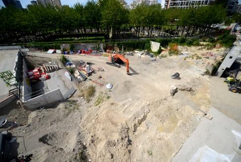 Les travaux de la promenade de l'Arche le 9 août 2015 - Defense-92.fr
