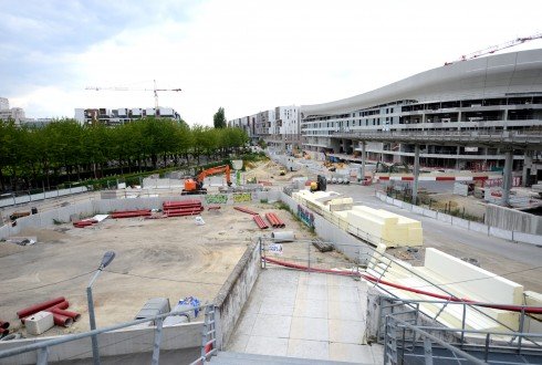 Les travaux de la promenade de l'Arche le 17 août 2015 - Defense-92.fr