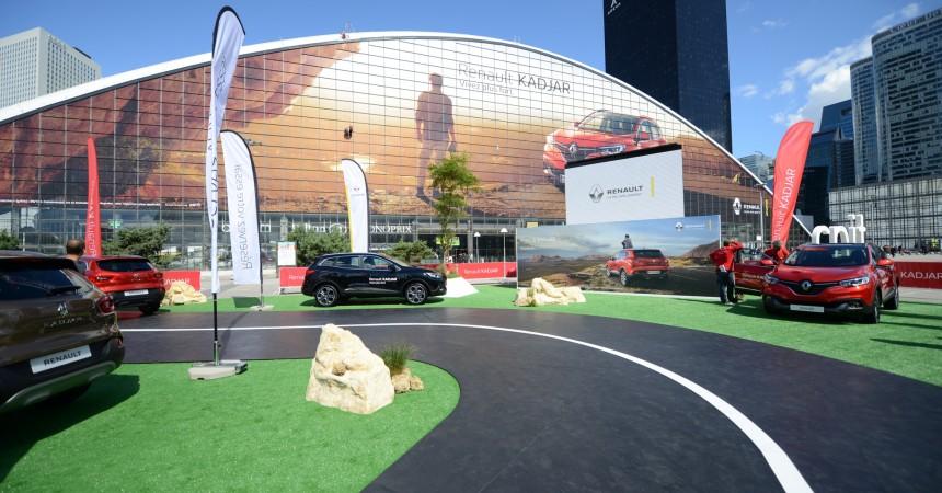 A La Défense, Renault voit les choses en très grand pour Kadjar