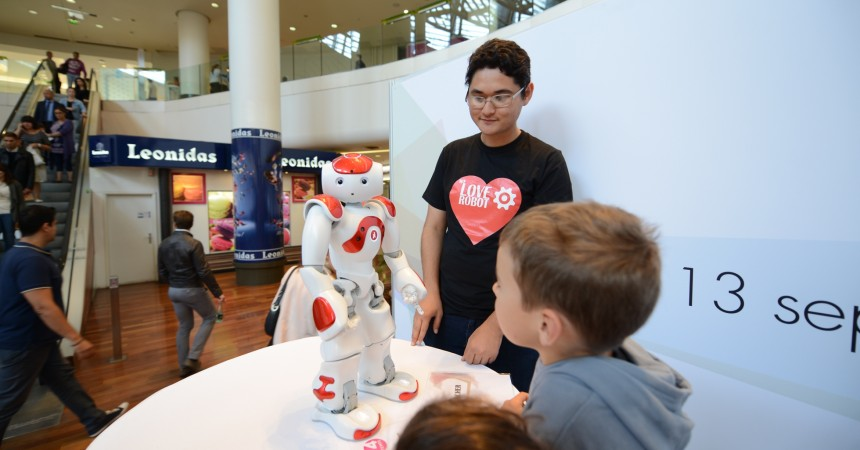 Les robots envahissent les 4 Temps avec l'exposition «We love robot»