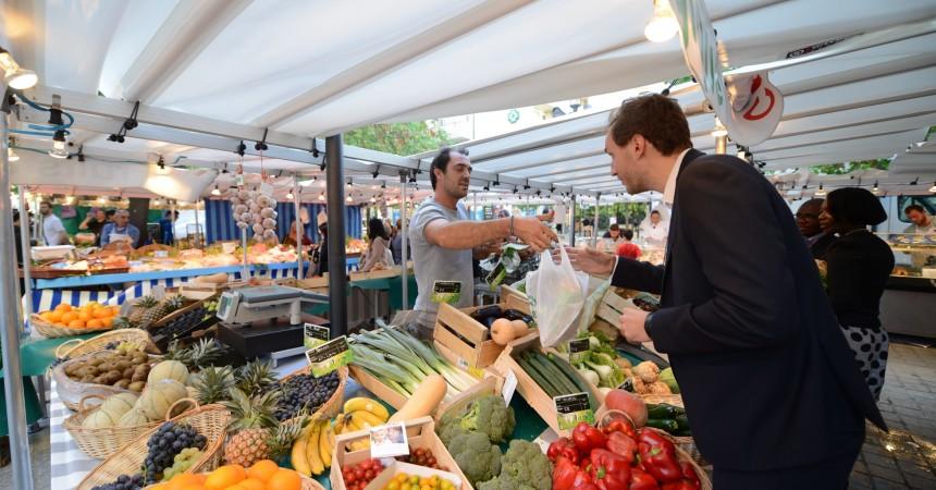 Le nouveau marché du Faubourg de l'Arche attire les habitants