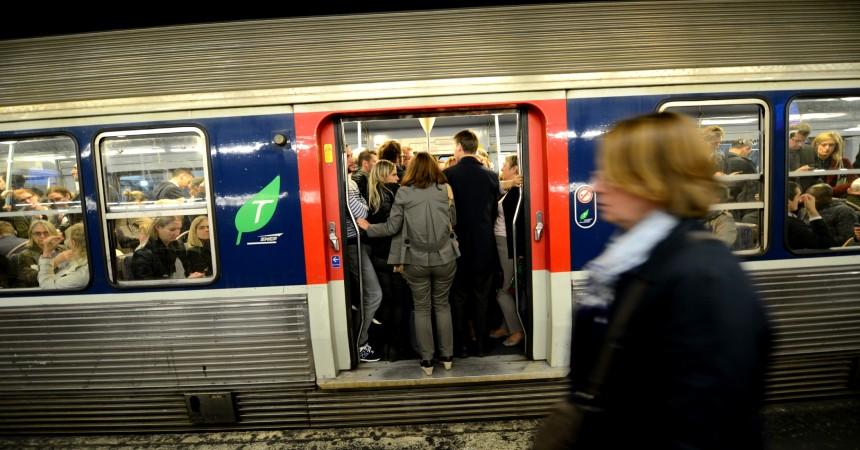 Grève à la SNCF : le trafic sera très perturbé mardi et mercredi sur le Transilien