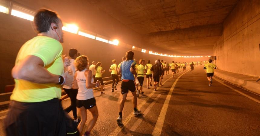5 500 coureurs dans les rues de Courbevoie et Puteaux pour la «10 km La Noctambule»