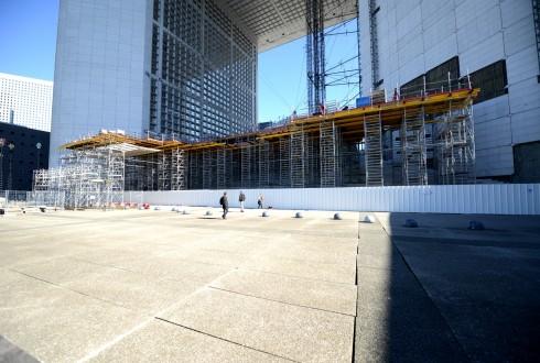 Les travaux de rénovation de la Grande Arche le 28 septembre 2015  - Defense-92.fr