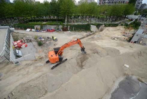 Les travaux d'aménagement des Jardins de l'Arche, le 31 août 2015 - Defense-92.fr