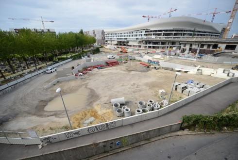 Le terrain de l'hôtel CityzenM le 31 août 2015 - Defense-92.fr