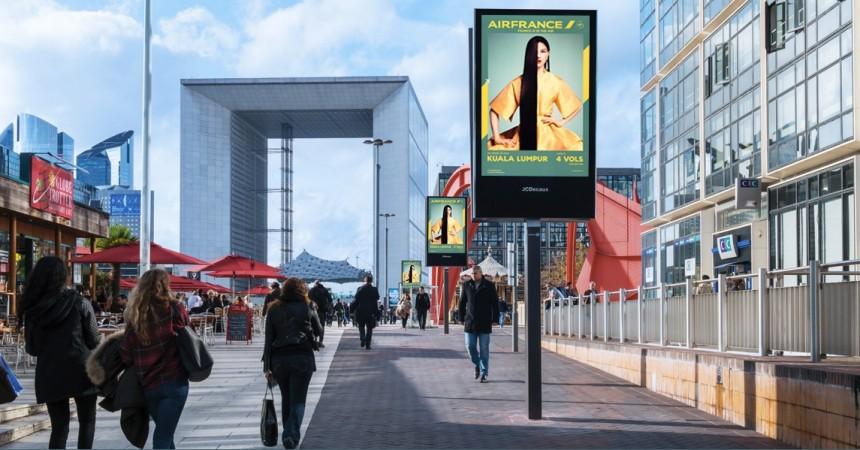 """La Cnil dit """"non"""" au projet de JCDecaux, de traçage des piétons par wifi pour la mesure  d'impact de ses écrans publicitaires"""
