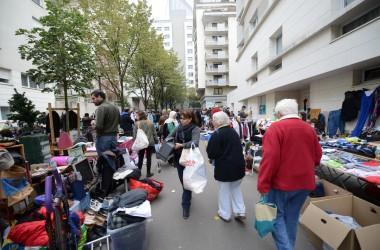 La brocante du Faubourg de l'Arche attire les chineurs pour sa dixième édition