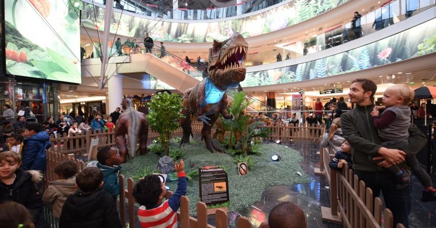 Des dinosaures géants s'invitent aux 4 Temps