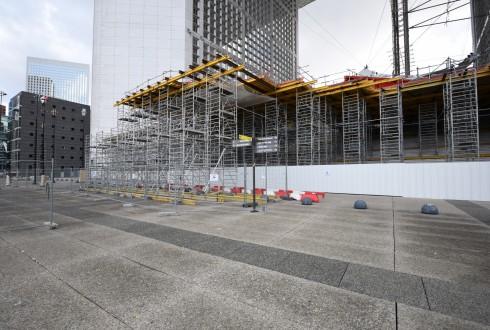 Les travaux de rénovation de la Grande Arche le 28 octobre 2015 - Defense-92.fr