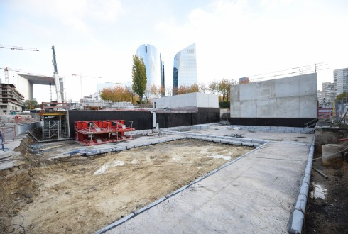 Les travaux de la promenade de l'Arche le 28 octobre 2015 - Defense-92.fr