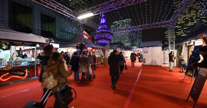 La Défense accueille son traditionnel marché de Noël sur le parvis jusqu'au 27 décembre