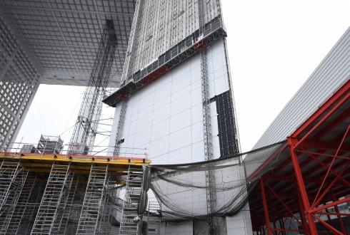 Les travaux de rénovation de la Grande Arche le 15 décembre 2015  - Defense-92.fr