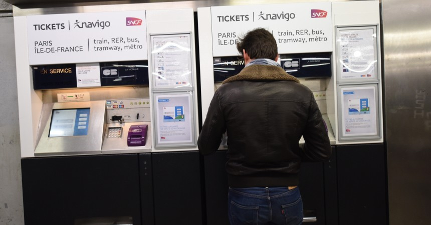 Une nouvelle interface pour les distributeurs automatiques du Transilien