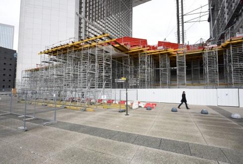 Les travaux de rénovation de la Grande Arche le 30 novembre 2015  - Defense-92.fr