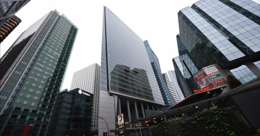 Dexia va mettre en vente sa tour de La Défense