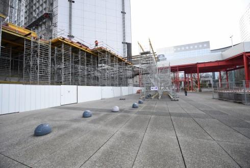 Les travaux de rénovation de la Grande Arche le 18 janvier 2016 - Defense-92.fr
