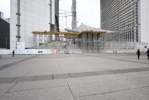 Les travaux de rénovation de la Grande Arche le 22 février 2016 - Defense-92.fr