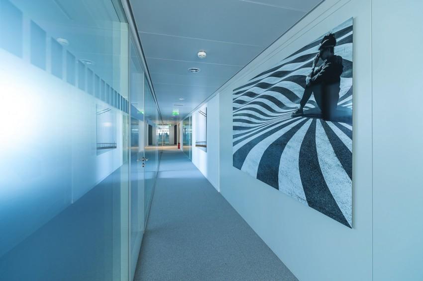 Un couloir de KPMG dans la tour Eqho - ONSIT Thomas viriot