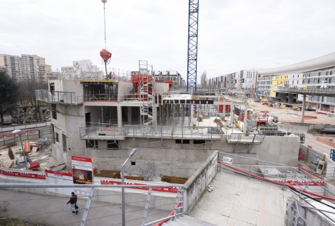Le chantier de l'hôtel CityzenM le 21 mars 2016 - Defense-92.fr