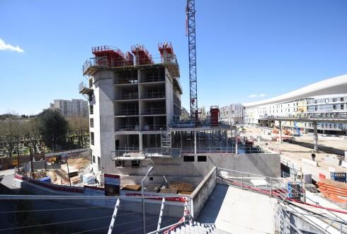 Le chantier de l'hôtel CitizenM le 18 avril 2016 - Defense-92.fr