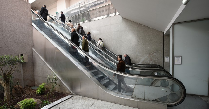 Deux nouveaux escalators pour la sortie F de la gare de La Défense