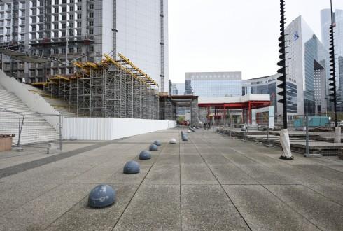 Les travaux de rénovation de la Grande Arche le 11 avril 2016 - Defense-92.fr