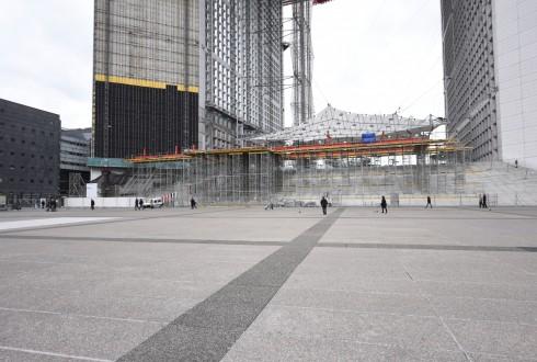 Les travaux de rénovation de la Grande Arche le 25 avril 2016 - Defense-92.fr