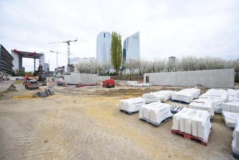 Les travaux de la promenade de l'Arche le 25 avril 2016 - Defense-92.fr