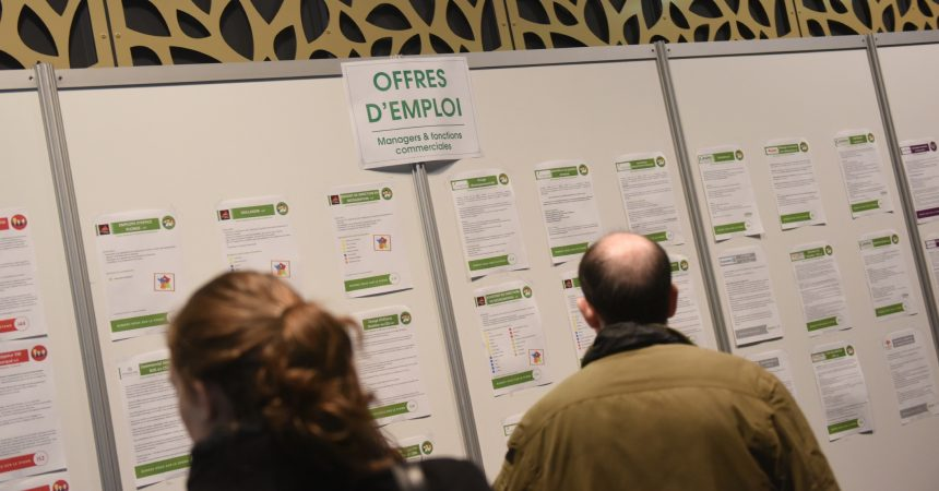 Un millier d'offres d'emploi à pourvoir ce jeudi à Courbevoie