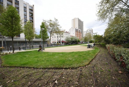 L'avenue Gambetta, le terrain du chantier du prolongement du RER E (Eole) le 25 avril 2016 - Defense-92.fr