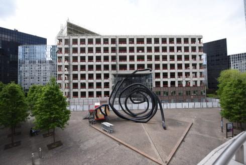 Les travaux de rénovation de l'immeuble du cours Michelet le 9 mai 2016 - Defense-92.fr