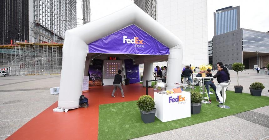 Au pied de la Grande Arche, FedEx vous fait gagner des places pour Roland Garros