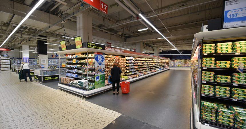 L'hyper Auchan refait ses sols