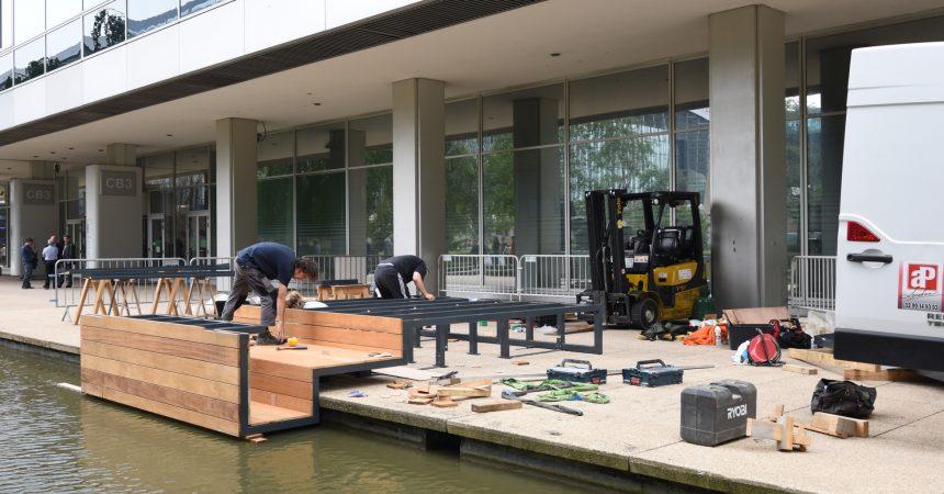 Le montage de la troisième biennale du mobilier urbain de La Défense prend forme