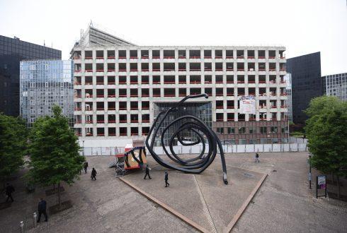 Les travaux de rénovation de l'immeuble du cours Michelet le 6 juin 2016 - Defense-92.fr